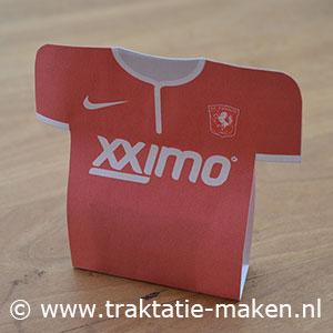afbeelding traktatie FC Twente voetbalshirt