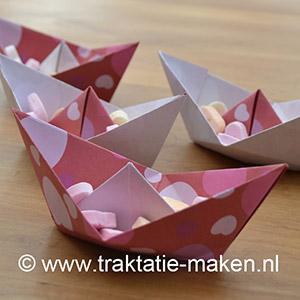 afbeelding traktatie Valentijns bootje